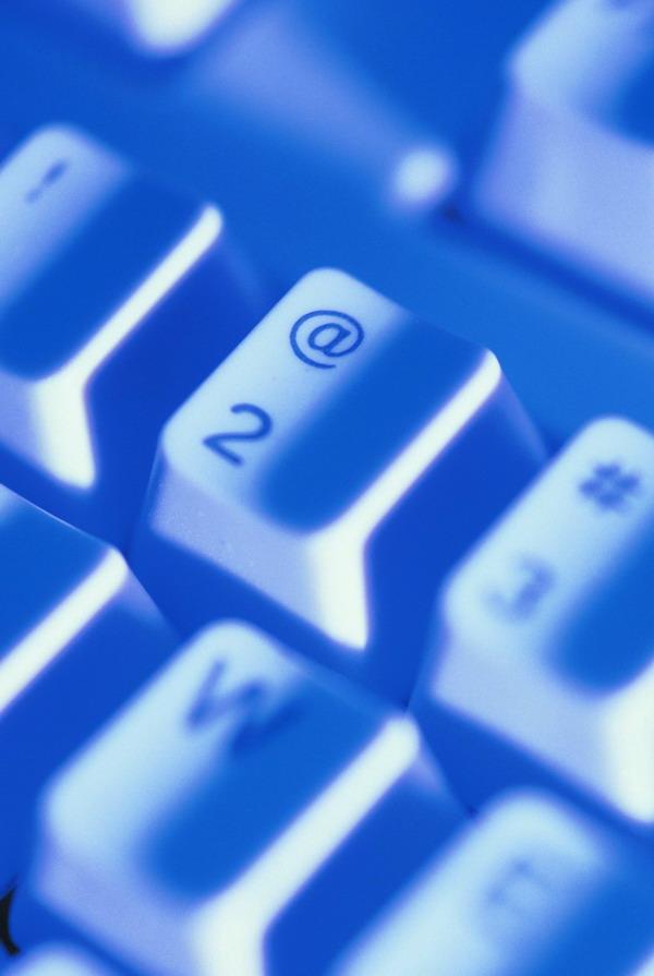 网络科技图片 科技图 键盘 按键 蓝色 效果 色调
