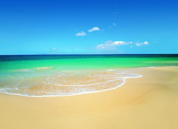 沙滩大海图片-自燃风景图 黄沙滩 潮水 绿水
