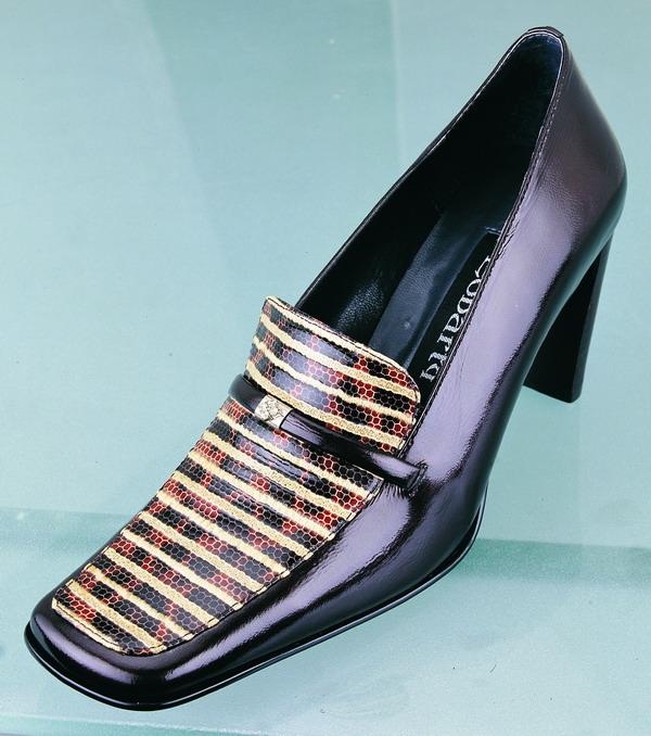 名牌 女式鞋