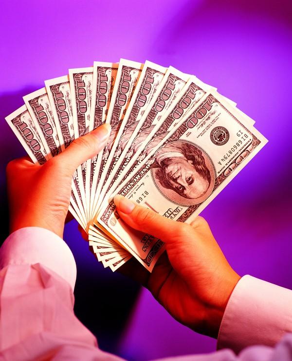 Finance money trades