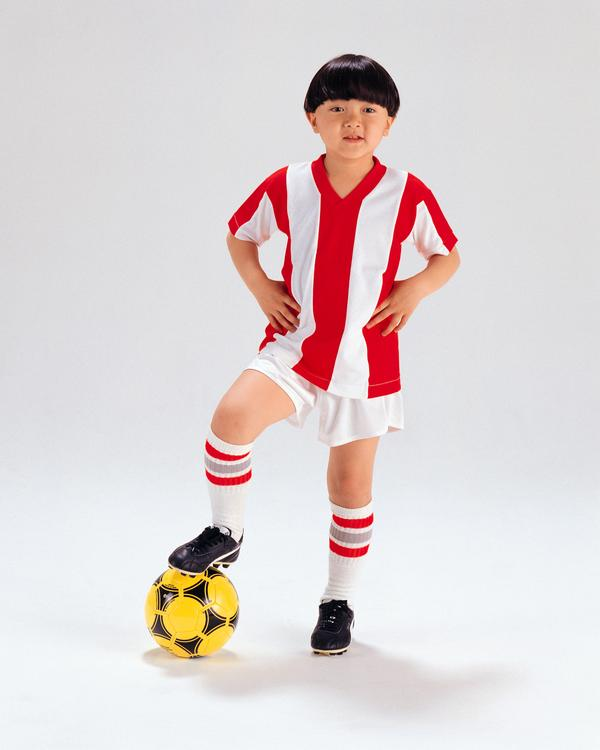 儿童写真图片-人物图 红白 条纹 运动服,人物,儿