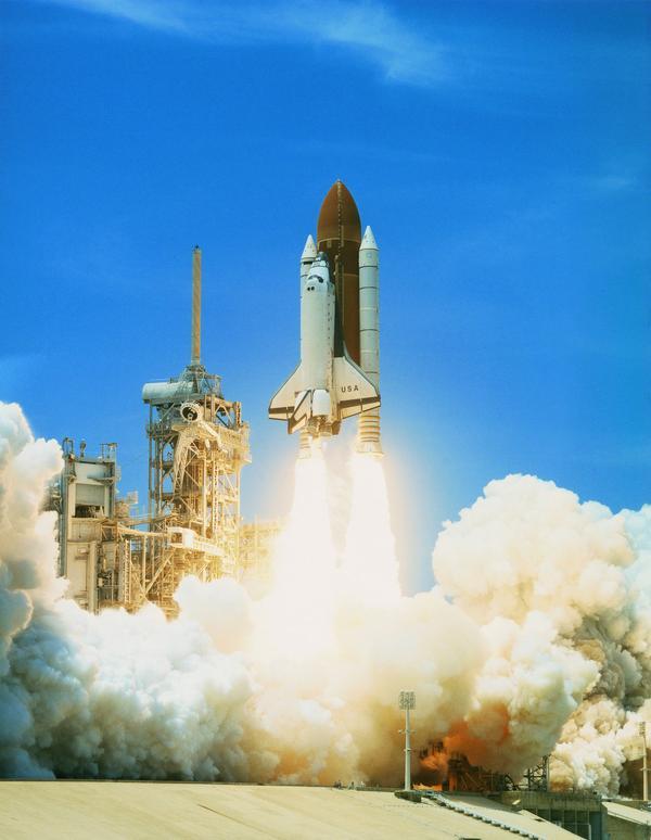 图片 科技图 火箭 发射 火焰,科技,宇宙探索