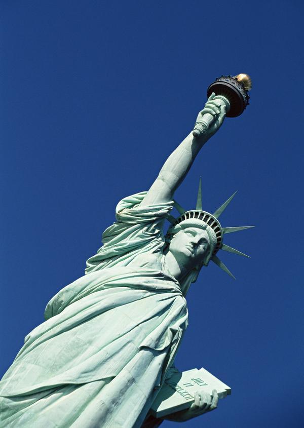美国风景图片 世界风光图 左手 书本 目光坚定