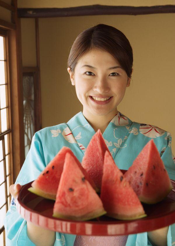 日本之夏图片 生活图 蓝色和服 生活