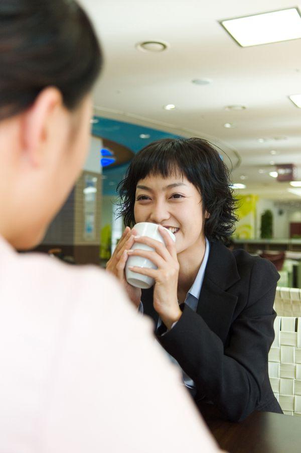 绘影图片 商业情景图 喝茶 对话 办公室,商业情景,商业绘影图片
