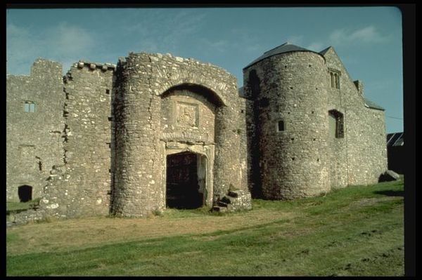 名座古城堡图片