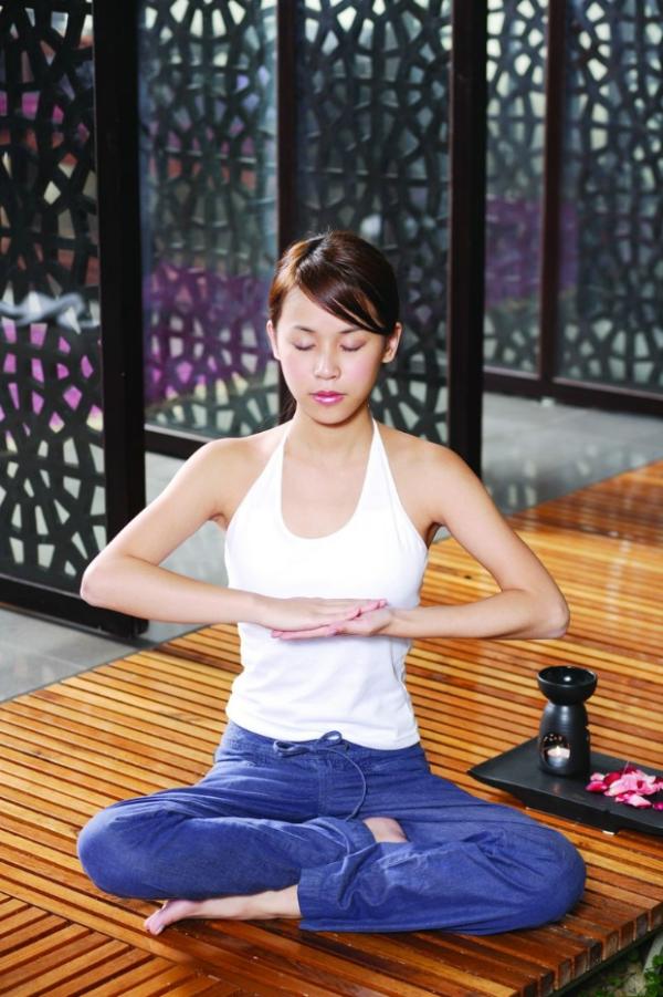 瑜伽美女图 美容图片