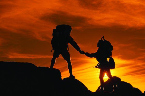 野外运动_野外攀岩运动图片_体育运动图片