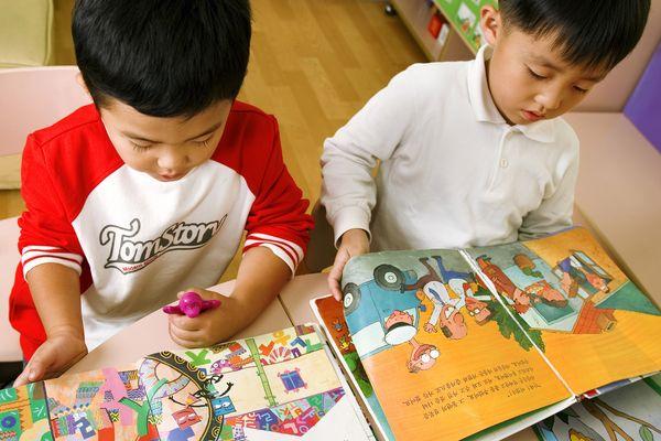 做好这3个方面工作 孩子2岁半上幼儿园也没问题