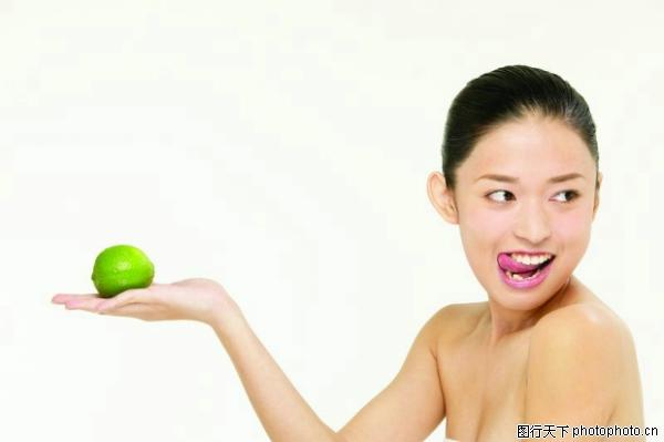 吐舌头女生_爱吐舌头的可爱小女孩儿童摄影写真_978摄影